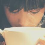 待ち時間はコーヒーをかっこよく飲もう!大人なコーヒの飲み方